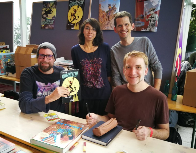 Die Kamäleon-Crew auf der Inter-Comic in Köln am 2.11.2019: Sascha Dörp, Alena Braune, Björn Hammel, Harald Lieske (vlnr)